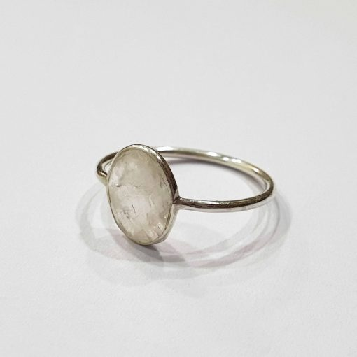Sterling Silver White Moonstone Classic Single Stone Ring Everyday Rings Girls Jewellery Women Ring Girls Ring Pack Of 1 Ring Ideal for Women