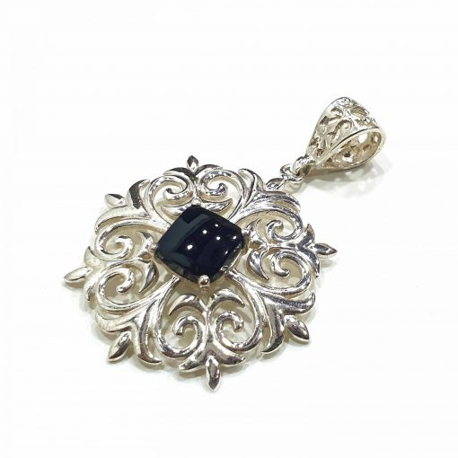Sterling Silver Black Onyx Floral Pendant Everyday Silver Pendants Pendants Necklace for Girls Gemstone Pendants Pack Of 1 Pendant Ideal for Women